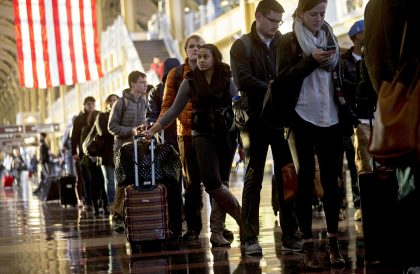 High-tech solutions key to improving on-time flights, security wait times during holidays