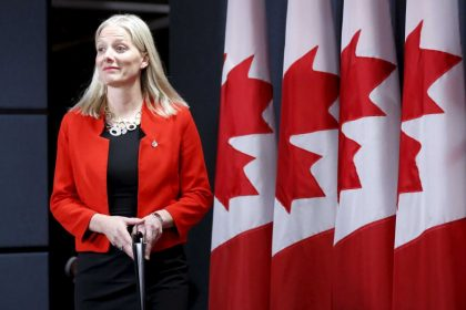Minister McKenna to kick off Canada 150 activities at Ottawa City Hall on New Year's Eve