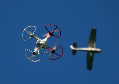 FAA: Drone sightings near air traffic facilities increased in 2016
