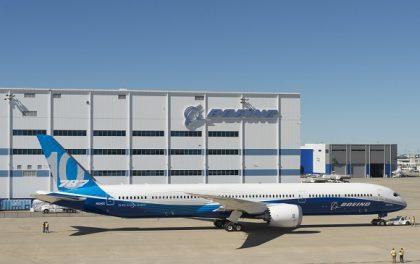New Boeing Dreamliner makes debut