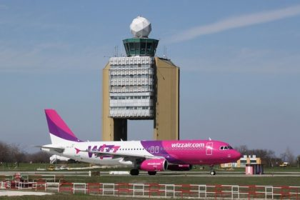 Budapest Airport celebrating Wizz Air's 10th new route of 2017