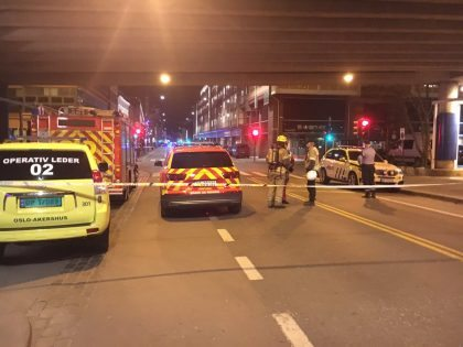 Central Oslo evacuated after police discover 'bomb-like device' on street