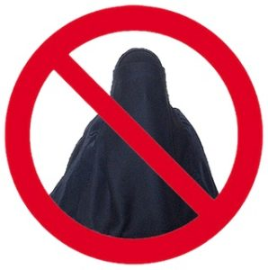 Austrian authorities remind citizens and tourists that burqa ban starts on October 1
