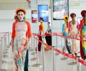 Vietjet celebrates Vietnamese Womens Day with fashion catwalk