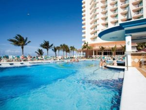 "Riu Palace Paradise Island reopens in the Bahamas as an ""Adults Only"" hotel"