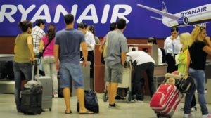 Ryanair puts the brakes on new baggage policy