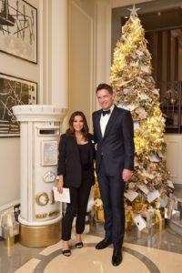 Eva Longoria Bastón helps get Corinthia Hotel London into the festive spirit