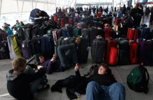 Holiday travel data: Where to expect delays & disruptions