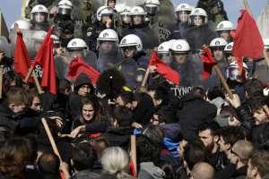 Grinding halt: Mass protests paralyze Greek capital's transport system