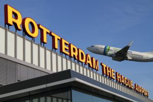 'Smoke in air traffic control tower' shuts down Netherlands' third largest airport