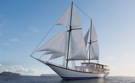 New custom-built Indonesian phinisi ship lunches in the Komodo Islands