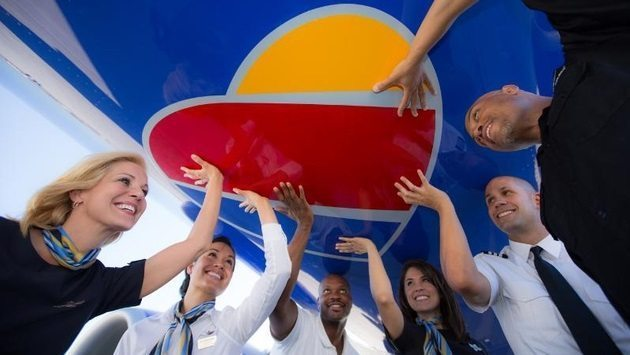 'ProfitSharing Day': Southwest Airlines employees receive $543 Million