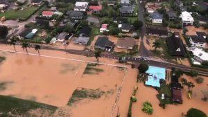 Tourists rescued from Kauai floods