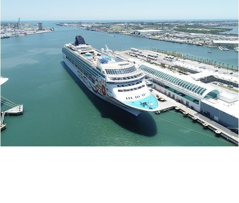 Norwegian Sun sails on inaugural voyage from Port Canaveral to Cuba