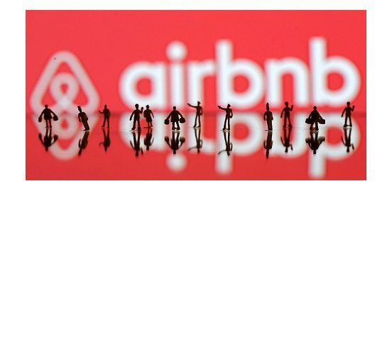 Airbnb attacks Boston and New York government officials