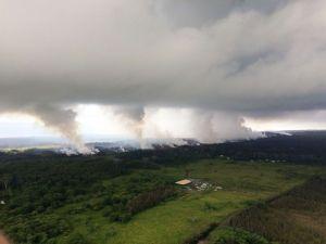 "Hawaii Governor David Ige: ""Air quality is safe in the Hawaiian Islands"""
