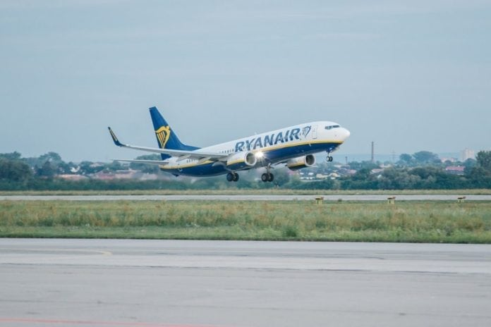 Ryanair strengthens union agreements