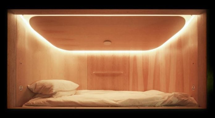 Recharge in Hong Kong in a Capsule Hotel for a quality sleep