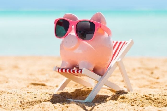 Tips for enjoying an affordable vacation this year