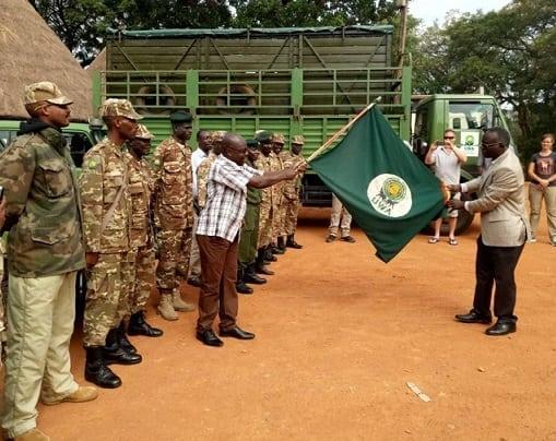 Uganda Wildlife Authority chief flags off giraffe translocation