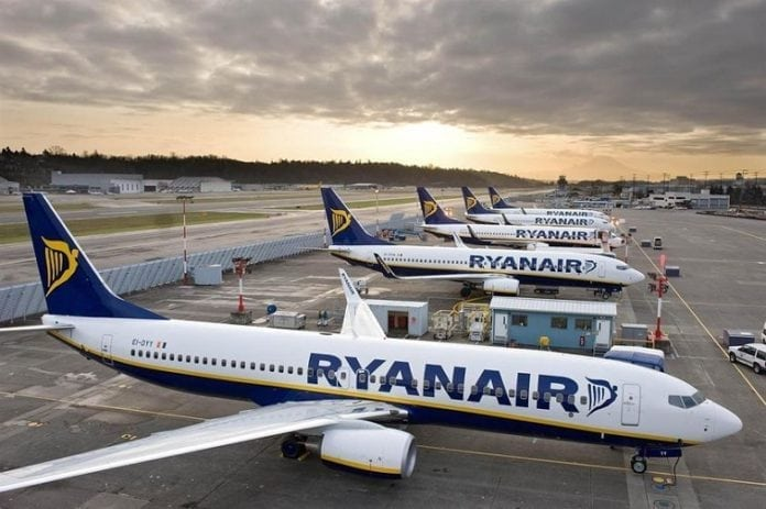 Ryanair settles with pilots, still owes $90 million to customers