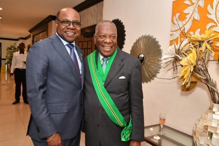 Jamaica Minister hails tourism stalwarts on receiving national awards