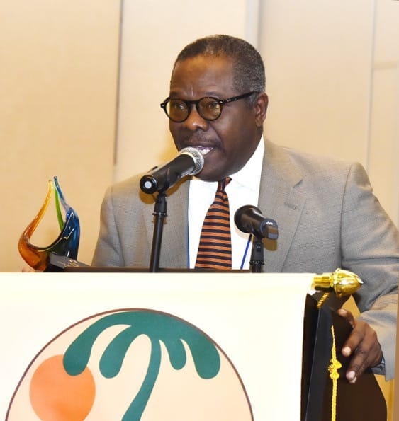 Bahamas tourism leaderEarlston McPhee honored by Caribbean Tourism Organzation