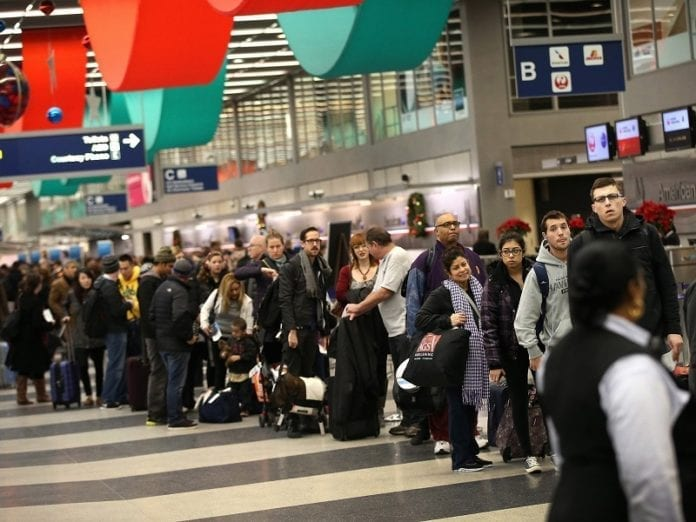 Thanksgiving travel: These are the worst days to fly