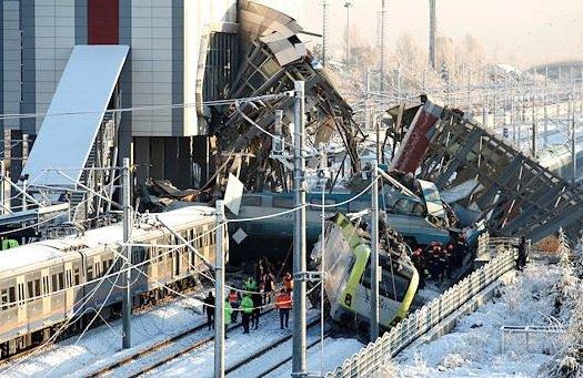 Head-on collision: 9 killed, dozens injured in Turkish high-speed train disaster