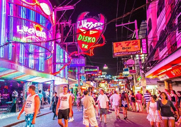 The cities where nightlife is thriving, and where it's dying