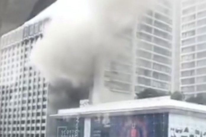 Singapore Grand Hyatt Hotel ablaze:  500 evacuated