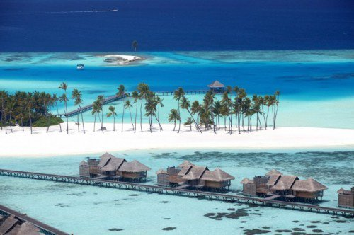 Islands & climate change: Storm surges & coral bleaching affecting tourism