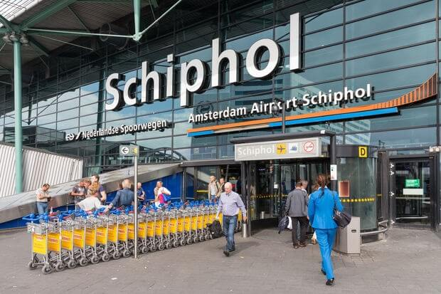 Schiphol Airport: Do not travel during tomorrow's public transport strike!