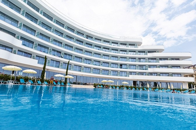 RIU Hotels & Resorts opens new hotel in Bulgaria