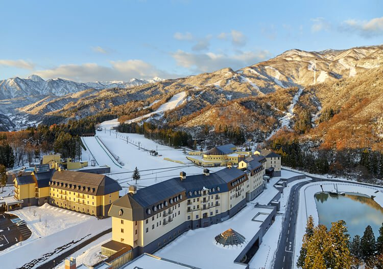 Lotte Arai Resort: Japan's Green Season