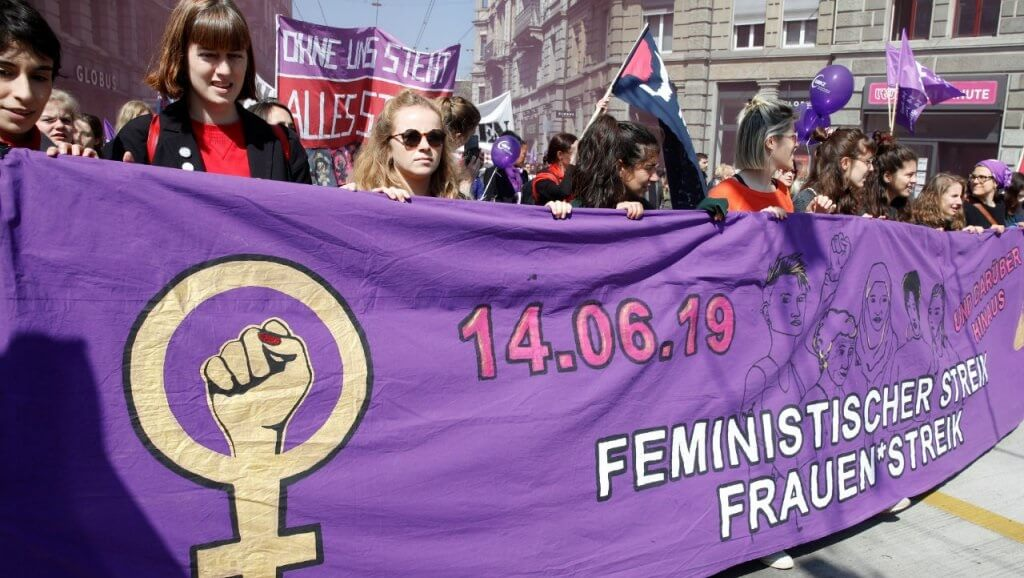 Switzerland interrupted: Hundreds of thousands of Swiss women go on nationwide strike