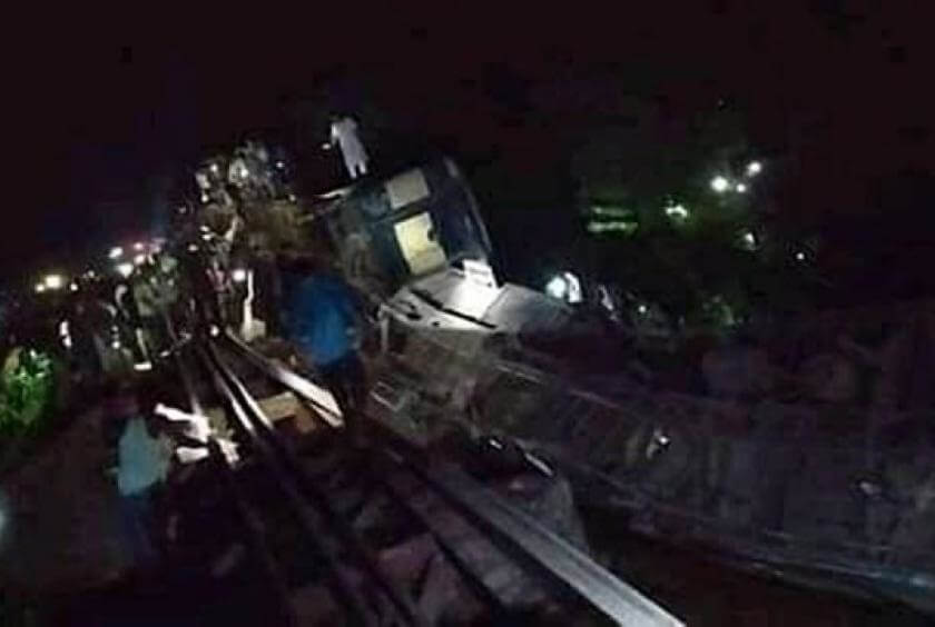 Five killed, dozens injured in Bangladesh train crash