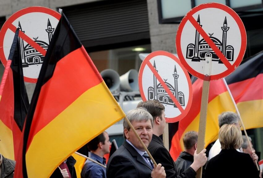 One in two Germans says Islam is a threat