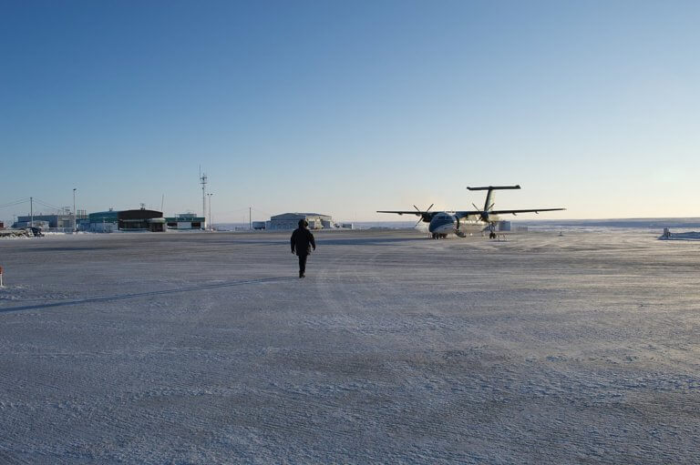 Government of Canada investing in safety at the Cambridge Bay Airport