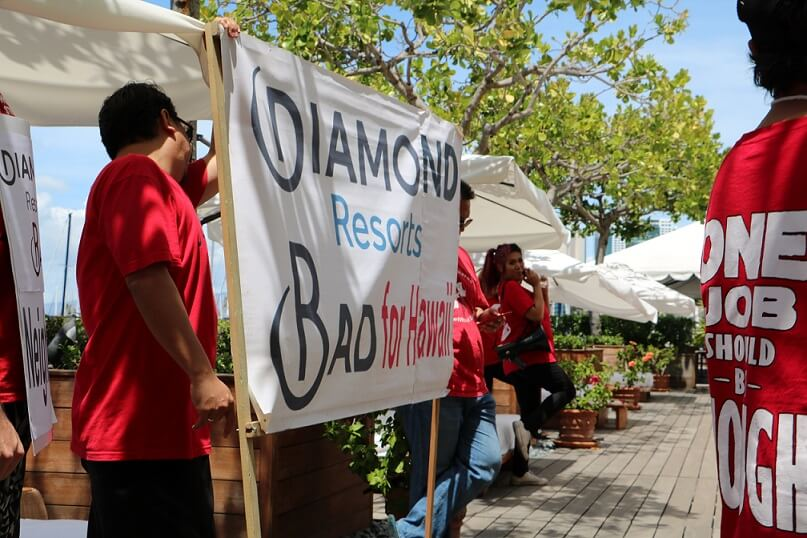 Hawaii hotel workers observe Labor Day with action against Diamond Resorts