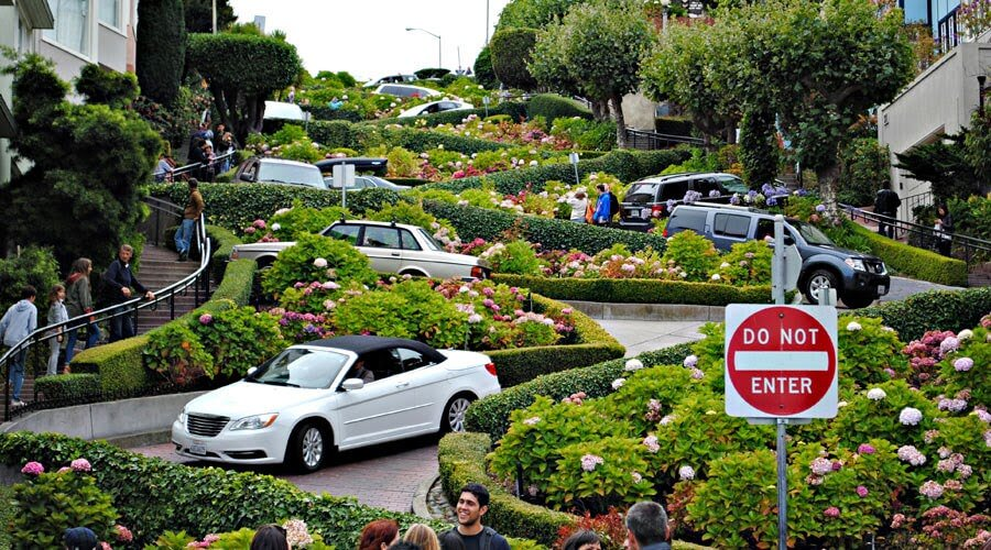 Tourists to San Francisco's crooked street may soon need to cough up some cash