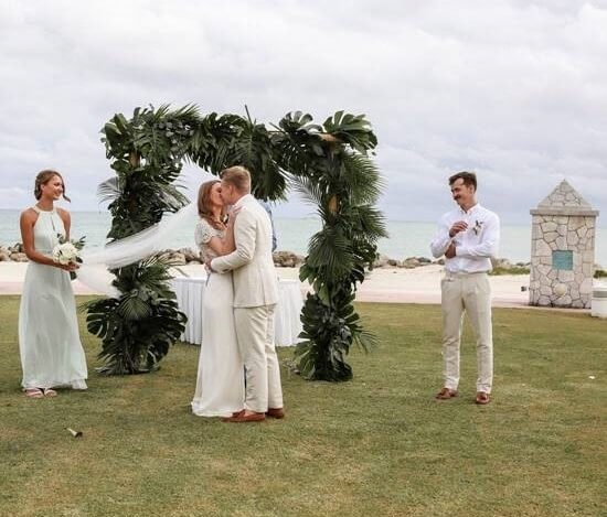 Love is in the air on Grand Bahama Island