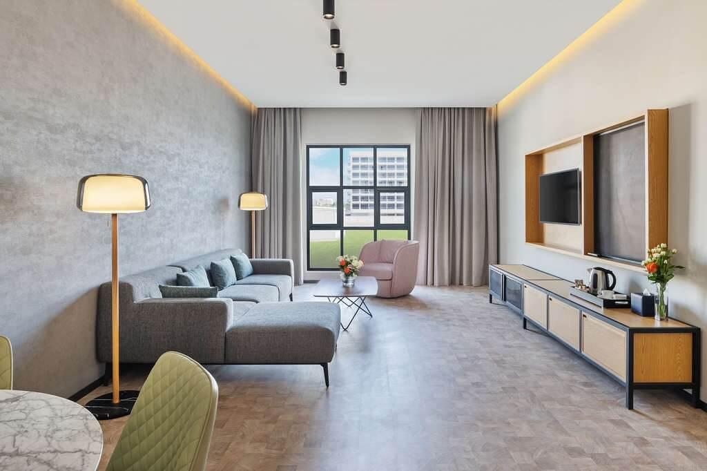 Dubai-Abu Dhabi skyline gets a new hotel