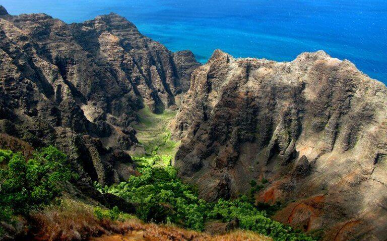 Tourists' Remains Found From Kauai Chopper Crash