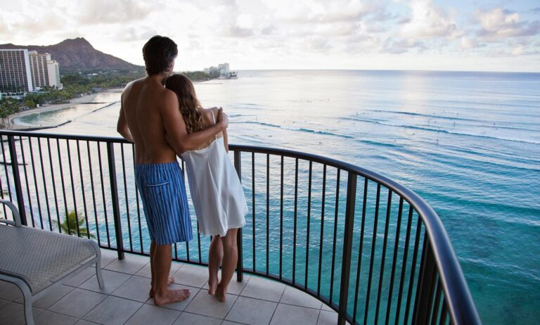 What are the most desired honeymoon destinations in the US?