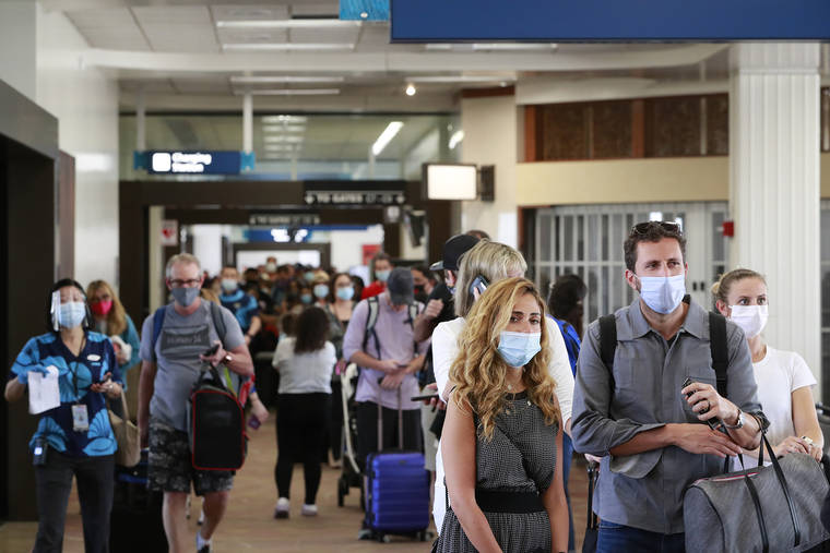 484,071 visitors arrived by air to Hawaii in April 2021