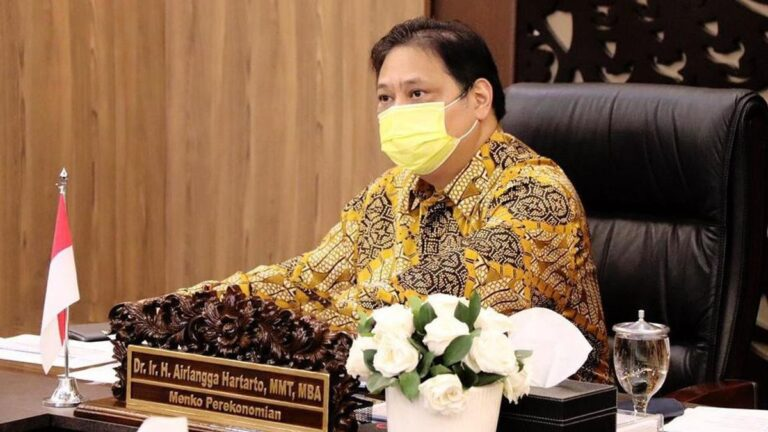 Indonesian government extends COVID-19 restrictions for another two weeks