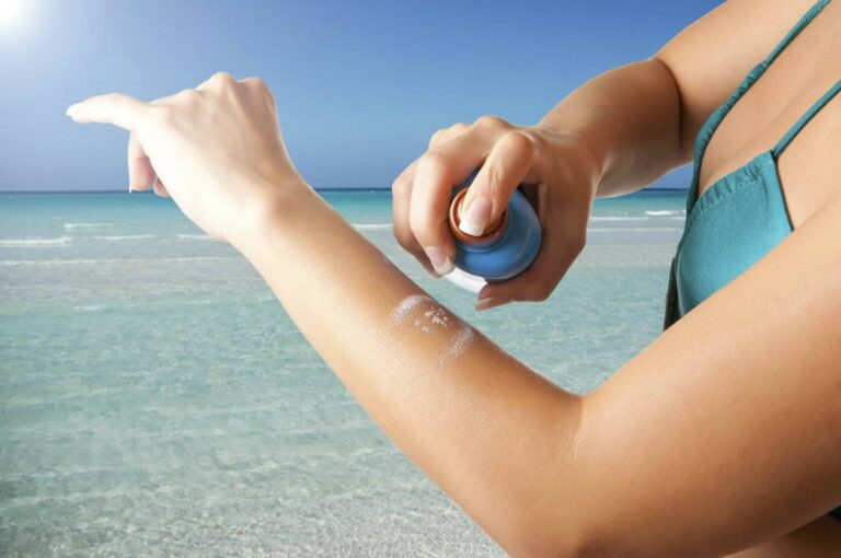 Hawaii warns visitors about recalled sunscreen products