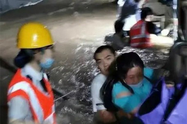 12 train passengers killed, 5 injured in flooded subway tunnel in China
