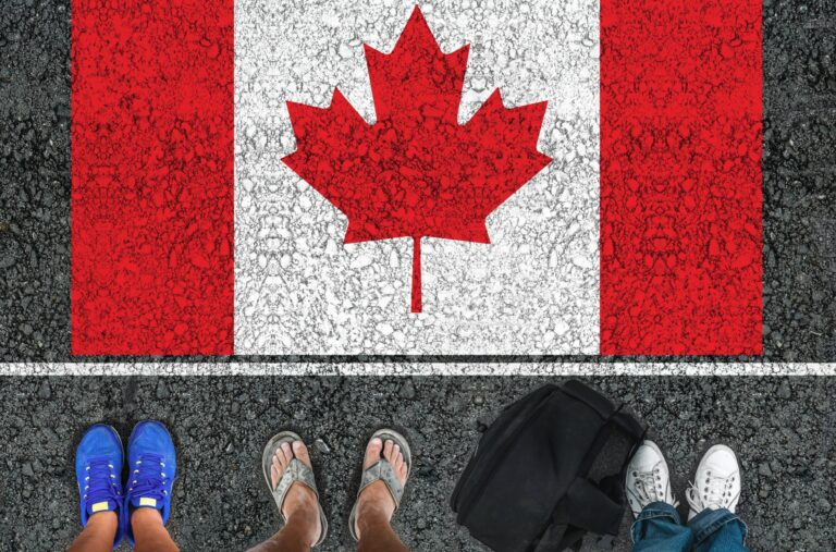 Canada to open borders to fully vaccinated travelers